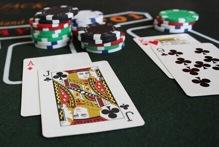 Texas holdem odds of flopping quads